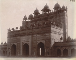 View from the north-west of the interior of the Buland Darwaza, Fatehpur Sikri.